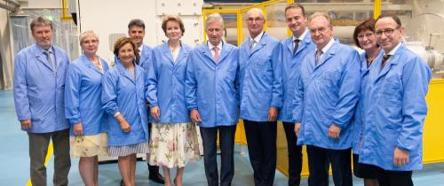In the DOMO production plant for high-quality polyamide films: from left to right: Ingo Bräckel, Dr. Dietlind Hagenau, Martine van den Weghe, Luc De Raedt, Managing Director of DOMO Caproleuna GmbH, I. M. Queen of Belgians, I. M. King of Belgians, Jan De Clerck, Chairman of the Supervisory Board of DOMO Chemicals, Oliver Paasch, Prime Minister of the German-speaking Community of Belgium, Dr. Reiner Haseloff, Prime Minister of Saxony-Anhalt, Dr. Gabriele Haseloff, Dr. Christof Günther, Managing Director of I